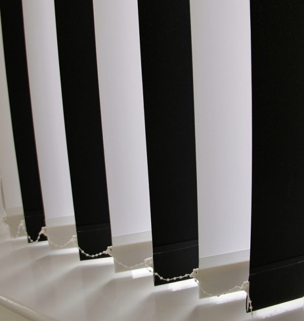 89mm Burmuda Black And Burmuda white alternate Vertical Blind -0