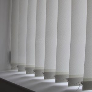 89mm Decorshade Chenielle White Vertical Blind -0