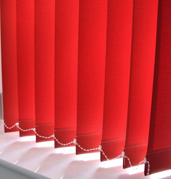 89mm Eclipse Pallette Monarch (red) Vertical Blind -539