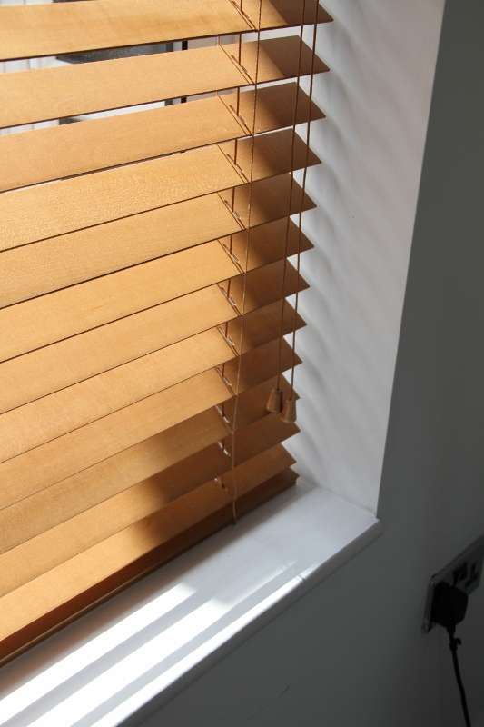 Pecan Wood Venetian Blind With Strings-818