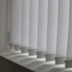 89mm Decorshade River White Vertical Blind -0