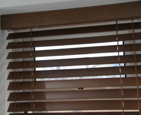 Walnut Wood Venetian Blind With Matching Strings-562