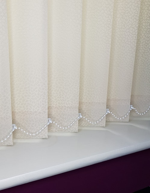 vertical blinds cream