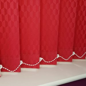 red blindsRed patterened vertical blind