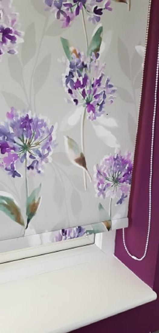 purple flower blind
